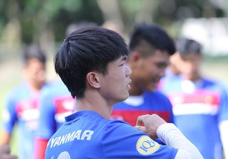 Chac suat SEA Games, Cong Phuong, Tuan Anh cuoi tit mat - Anh 5