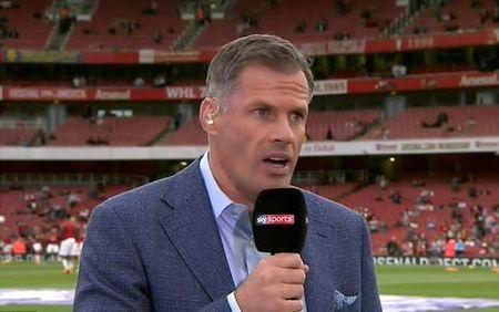 May man cho Arsenal! Trong tai bo qua pha Oezil dung tay choi bong o ban cua Ramsey - Anh 4