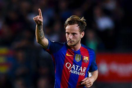 Doi hinh 'sieu tan cong' cua Barca khi co Coutinho va Ousmane Dembele - Anh 7