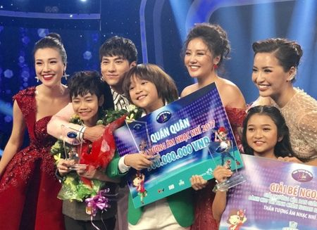 Hanh trinh tro thanh Quan quan Vietnam Idol Kids 2017 cua Thien Khoi - Anh 14