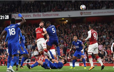 Toan canh chien thang day kich tinh cua Arsenal truoc Leicester City - Anh 13