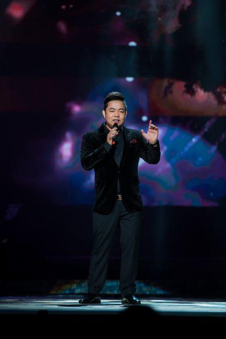 Le Quyen tua vai tinh tu Quang Dung trong liveshow Mua thu vang - Anh 14