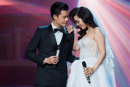 Le Quyen tua vai tinh tu Quang Dung trong liveshow Mua thu vang - Anh 3