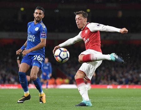 Cham diem Arsenal 4-3 Leicester: Nguoi hung Giroud van thua Lacazette - Anh 10