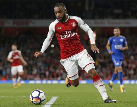 Cham diem Arsenal 4-3 Leicester: Nguoi hung Giroud van thua Lacazette - Anh 12