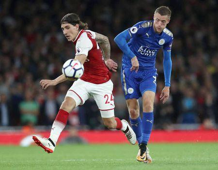 Cham diem Arsenal 4-3 Leicester: Nguoi hung Giroud van thua Lacazette - Anh 3