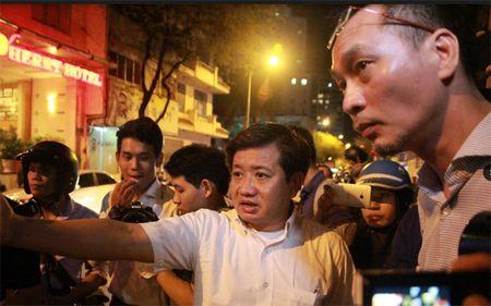 TPHCM: Ong Doan Ngoc Hai lai 'xuong duong' gianh via he - Anh 1