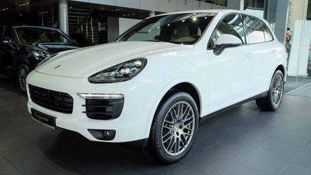 Porsche Cayenne Platinum Edition gia 5,3 ty dong tai Viet Nam - Anh 1