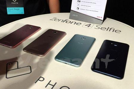 Tan mat thay nhung chiec smartphone ZenFone 4 dau tien - Anh 6