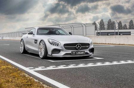 Mercedes-AMG GT len doi dang cap xe dua Luethen - Anh 1