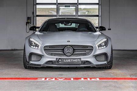 Mercedes-AMG GT len doi dang cap xe dua Luethen - Anh 2