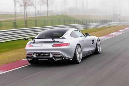 Mercedes-AMG GT len doi dang cap xe dua Luethen - Anh 5