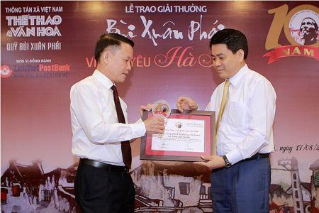 Nhung tinh yeu Ha Noi qua doi nong nan trong giai thuong tron ven 10 nam - Anh 4