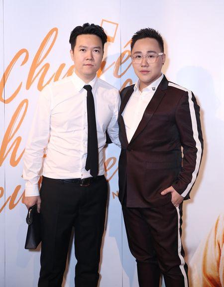 "Tra My Idol ""tron"" chong va con trai den chuc mung Trung Quan - Anh 4"