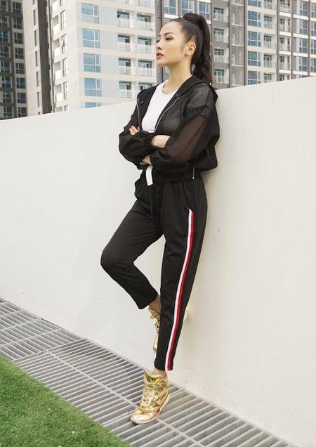 Bo tui bi quyet mix do the thao tuoi tan, khoe khoan cua Truong Nhi trong Glee - Anh 6