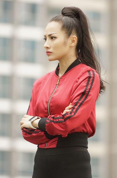 Bo tui bi quyet mix do the thao tuoi tan, khoe khoan cua Truong Nhi trong Glee - Anh 8