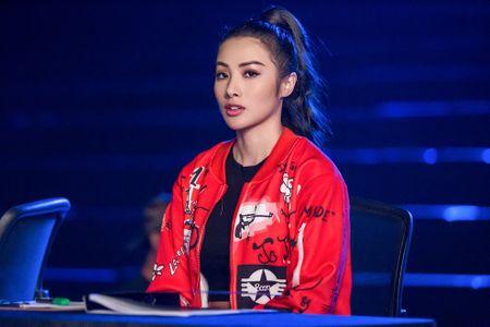 Bo tui bi quyet mix do the thao tuoi tan, khoe khoan cua Truong Nhi trong Glee - Anh 9