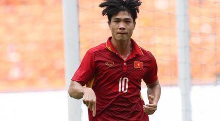 Cong Phuong: 'Tien dao ghi ban la dieu het suc binh thuong' - Anh 1