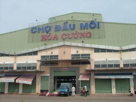 Da Nang: Phat hien 8 co so dung hoa chat khong ro nguon goc tai cho dau moi - Anh 1