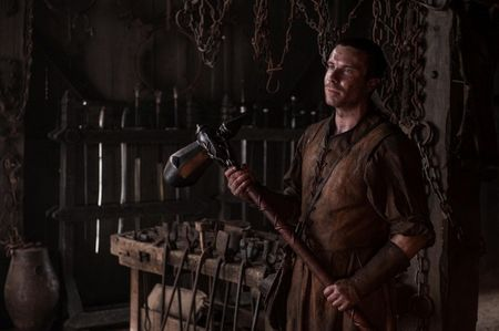 Dien vien dong vai Gendry ke lai hanh trinh tro ve trong 'Game of Thrones' - Anh 8