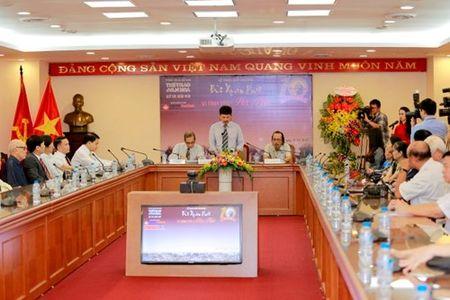 Nha van hoa Huu Ngoc doat giai Bui Xuan Phai - Vi Tinh yeu Ha Noi lan thu 10 - Anh 1