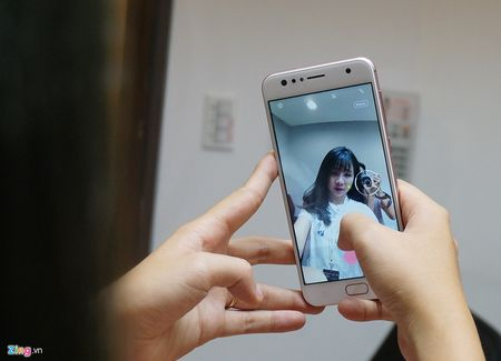Can canh Zenfone 4 Max Pro voi camera kep sap ban tai Viet Nam - Anh 10
