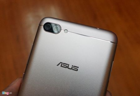 Can canh Zenfone 4 Max Pro voi camera kep sap ban tai Viet Nam - Anh 7