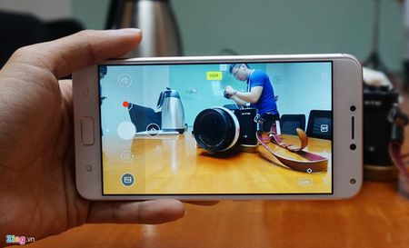 Can canh Zenfone 4 Max Pro voi camera kep sap ban tai Viet Nam - Anh 9