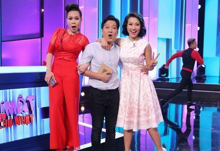 Truong Giang tang ga nuong, hoa hong cho Nha Phuong khi di quay xa - Anh 2