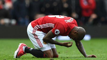 MU vang 3 ngoi sao o tran dau voi Swansea tai vong 2 Premier League - Anh 3