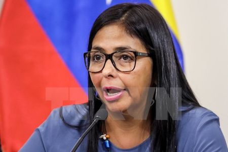 Venezuela se tien hanh trung cau y dan ve du thao Hien phap moi - Anh 1