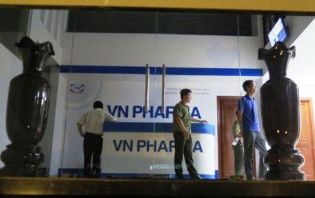 Nguyen Chu tich, Tong Giam doc VN Pharma linh 12 nam tu - Anh 1