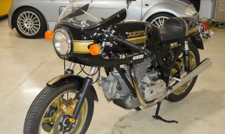 Ngam 1980 Ducati 900 Super Sport Desmo gia 852 trieu dong - Anh 7