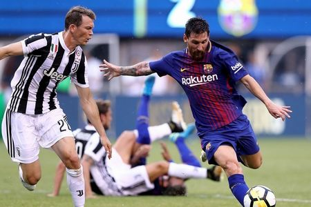 Boc tham Champions League: Barca tai ngo Juve! - Anh 1