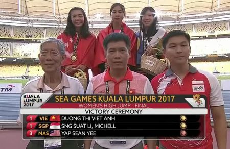 Bi hai SEA Games: VDV Viet Nam roi nuoc mat chia se HCV cho doi thu - Anh 2