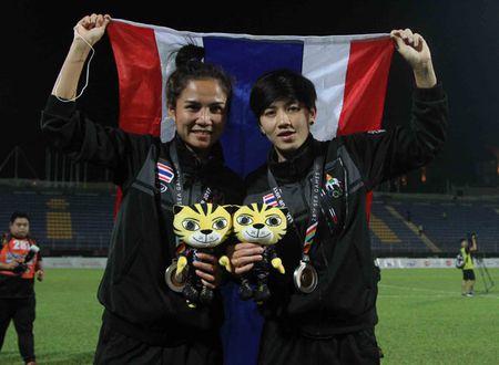 Nu Viet Nam gianh HCV SEA Games, Thai Lan 'chet lang' do le nhu mua - Anh 3