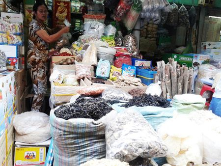 Chuyen gia canh bao nam kho Trung Quoc tai Viet Nam gay nguy hai cho suc khoe - Anh 1