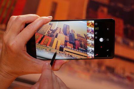 4 thu cua Samsung Galaxy Note 8 hien khong the lam tren Galaxy S8 - Anh 1
