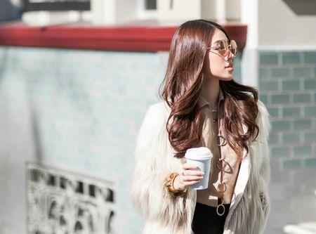 Jolie Nguyen mac sanh dieu dao pho o Australia - Anh 2