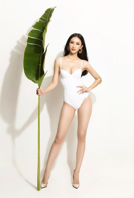 Ha Thu khoe dang voi bikini truoc khi len duong thi Hoa hau Trai dat - Anh 2