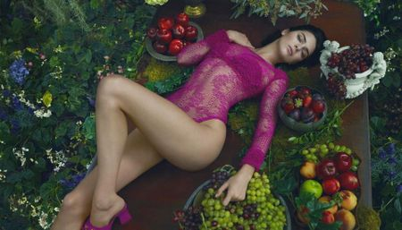 Kendall Jenner quyen ru, me hoac trong bo suu tap moi cua La Perla - Anh 2