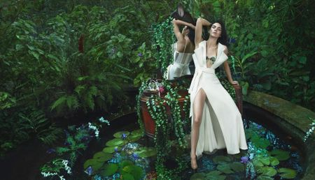 Kendall Jenner quyen ru, me hoac trong bo suu tap moi cua La Perla - Anh 9