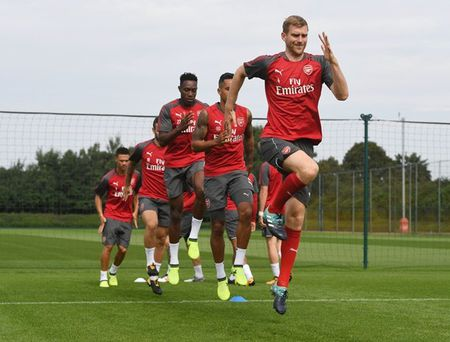 Wenger day au lo truoc dai chien Liverpool - Anh 11