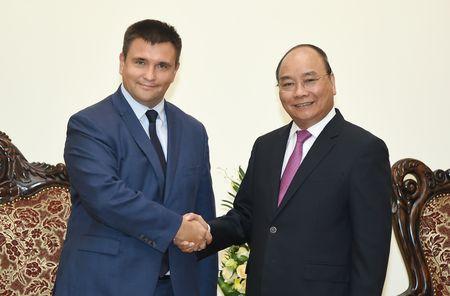Thu tuong Nguyen Xuan Phuc tiep Bo truong Ngoai giao Ukraine - Anh 1