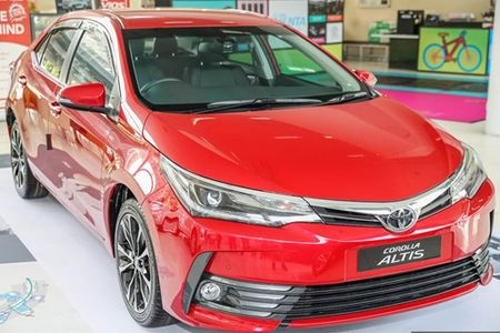 Toyota Corolla Altis 2017 'chot gia' tu 638 trieu dong - Anh 2