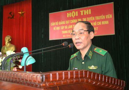 Nang cao chat luong giao duc chinh tri ve hoc tap va lam theo phong cach Ho Chi Minh - Anh 1