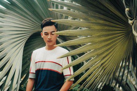 Ali Hoang Duong tung MV dau tay voi hinh anh 'lang tu noi loan' - Anh 2