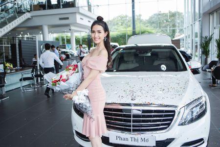 Vbiz 6/9: Ha Ho tiet lo 'nguoi yeu', Phi Thanh Van khoe co 30 dai gia theo duoi? - Anh 4