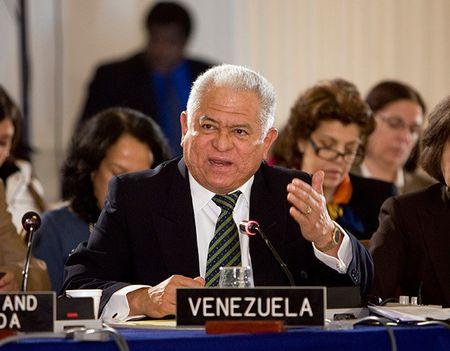 Venezuela to cao chinh phu cua Tong thong My de doa tan cong quan su - Anh 1