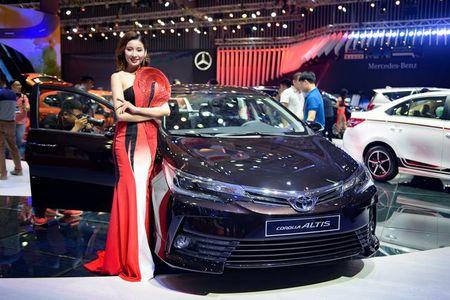 Toyota Altis 2017 o Viet Nam lo gia khoi diem 640 trieu dong - Anh 1